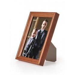 Ramka drewniana wąska 104, średni brąz 10x15